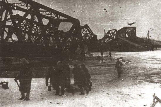 Нажмите на изображение для увеличения.  Название:киевский мост.jpg Просмотров:167 Размер:55.4 Кб ID:5785