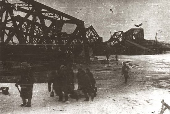 Нажмите на изображение для увеличения.  Название:киевский мост.jpg Просмотров:168 Размер:55.4 Кб ID:5785